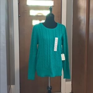 St. John's bay green cable knit crewneck sweater!